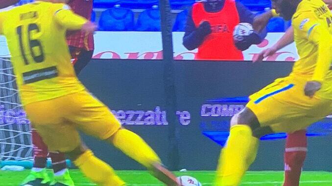 Gol campeonato italiano Serie B chute duplo Supercampeões